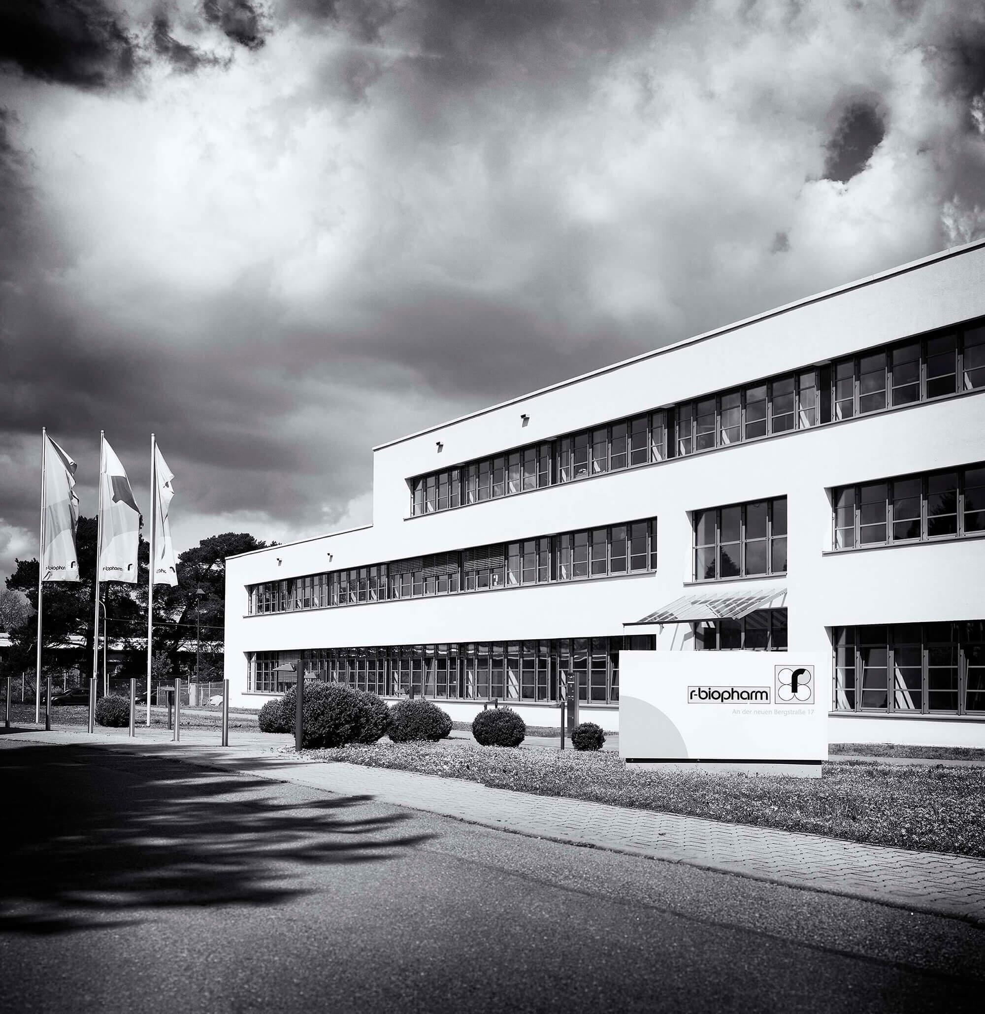 R-Biopharm AG Gebäude schwarz-weiß